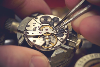 Learn more about watch repairs in Chesterfield, Missouri